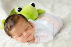 1_aucamville-photographe-newborn-nouveau-ne-GB-studiophoto.com_