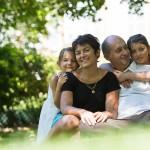 photo de famille en plein air